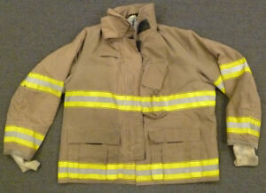 50x32 Firefighter Jacket Coat Bunker Turn Out Gear Globe Fire Gear J600