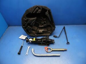 98 05 Vw Beetle Oem Spare Jack With Tools Lug Wrench Compartment Factory