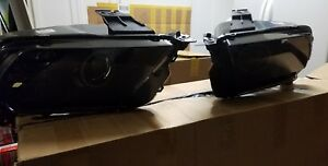 Mustang raxiom Smoked Projector Headlights With Halo For Factory Hid 2010 2012