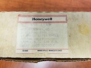 New Old Stock Honeywell V8044b 1018 Zone Valve