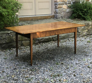 Vintage Bench Made Tiger Maple Country Kitchen Dining Table Tapered Legs Signed