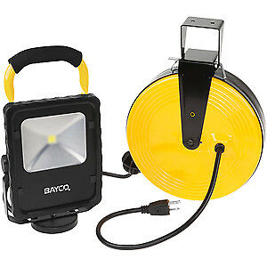 Bayco Sl 868 Led Work Light W Magnetic Base On Retractable Reel