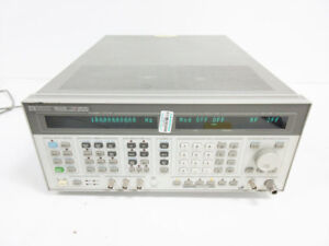 Hp 8644b 2060 Mhz Synthesized Signal Generator 2 Ghz Opt 002 Agilent