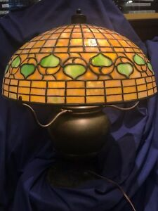 Tiffany Acorn Lamp And Base In Excellent Condition 20k Value