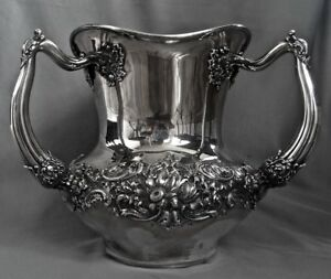 Reed Barton Sterling Silver Loving Cup 3 Handled 57 Oz Repousee C1895