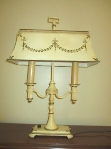 Large Antique Hand Painted Vanilla Cream Tole Metal Reading Library Table Lamp