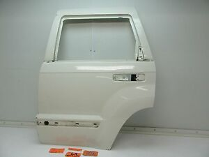05 10 Jeep Grand Cherokee Back Door Panel Shell Stone White Left Rear Driver Lr