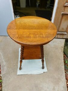 Antique Solid Round Quarter Sawn Tiger Oak 2 Tier Parlor Lamp Center Table