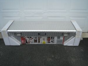 Husky Mid Size Low Profile Bright Aluminum Diamond Plate Truck Box New