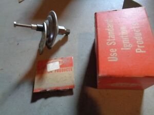 Nos New D5 102r Pontiac Or Oldsmobile Carb Vacuum Check Valve 1950 S 1960 S