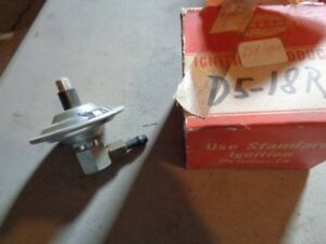 Nos New D5 18r Pontiac Or Oldsmobile Carb Vacuum Check Valve 1950 S 1960 S Gm