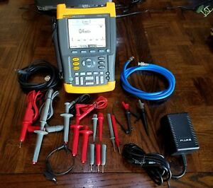 Fluke 199 Scopemeter 2 5gs s Dual input 200 Mhz Oscilloscope Needs Some Repair