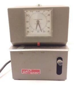 Lathem Time Recorder Company Model 2121 Analog Time Clock Punch Clock No Key
