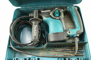 Makita Hr2811f 1 1 8 inch Rotary Hammer With Case And Bits Tested