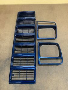 97 01 Jeep Cherokee Xj Sport Classic Grille And Bezels Genuine Oem Patriot Blue