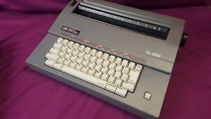 Vintage Smith Corona Sl500 5a Portable Electric Typewriter With Cover