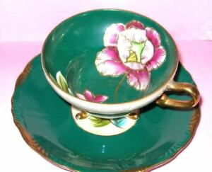 Royal Sealy China 3 Footed Poppy Floral Green Iridescent Etch Gold Hpt Teacup