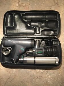 Welch Allyn Diagnostic Set 11820 Panoptic Ophthalmoscope
