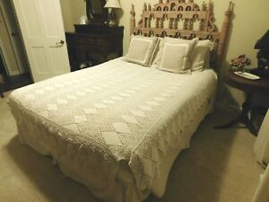 Antique Ivory Crochet Bedspread 61 X 73 Covers Queen Handmade Cotton