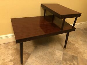 Vintage Mid Century Modern 2 Tier Step Up Side End Table Tapered Legs