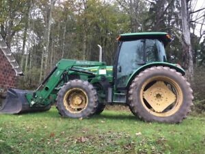 2011 John Deere 5085m 4x4 Tractor Enclosed Cab A c W loader Bucket