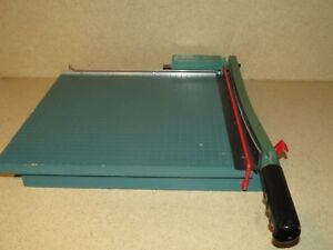 The Trimmer People Paper Cutter 16 a