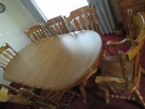 Cochrane Furniture Solid Oak Table 8 Chairs Lighted China Cabinet Curio Perfect