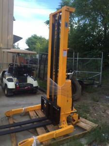 Straddle Stacker Electric Rechargeable Push 2 200 Lb 63 Lift