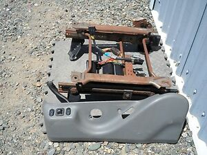 97 1 2 98 99 00 01 02 Ford Expedition Eddie Bauer Power Seat Track Driver Lh