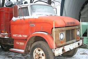 Early 60 S Ford Lcf Truck Cab Vintage Rat Rod Complete W Front End Fair Shape