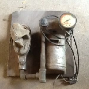 Old Spark Plug Tester 5 00 S And H 20 00