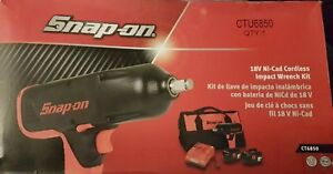 Snapon Ct6850 1 2 13mm Battery Impact Gun Wrench Kit 2 Batteries Charger