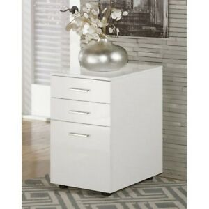 Bowery Hill 3 Drawer File Cabinet In White
