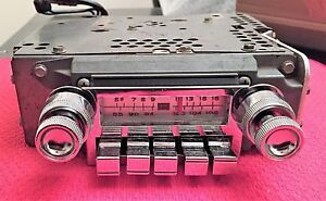 Vintage Fomoco T0b6tbs Am fm Radio For 1965 1966 Ford Thunderbird Great Shape