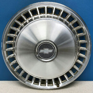 One 1978 1979 Chevrolet Impala 3090 15 Hubcap Wheel Cover 00464903 Used