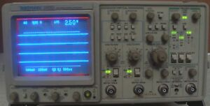 Tektronix 2465 300 Mhz Oscilloscope W opt Mod De Calibrated