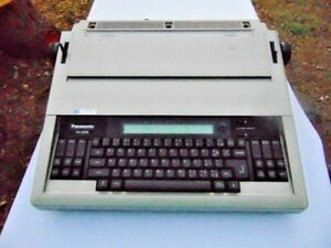 Panasonic Electric Typewriter With Memory Model Kx E508 Works Great
