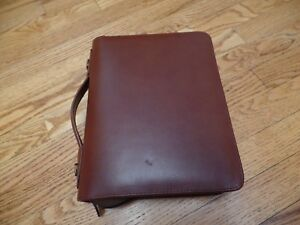 Day Timer Armorhide Leather Zippered 1 5 Inch Planner Cover Desk Size Planner