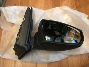 New Oem 2013 2016 Ford Escape Outer Mirror Asy Rh Cj5z 17682 Ca
