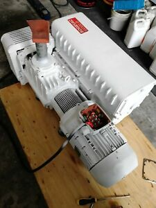 Leybold Sv300b Single Stage Rotary Vane Vacuum Pump Working With Good Condition