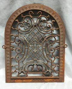 One Antique Arched Top Heat Grate Grill Maltese Cross Gothic Arch 11x14 647 18c