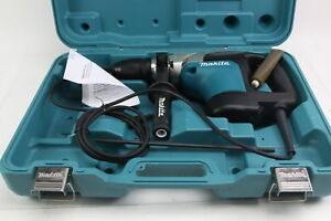 Makita Hr4002 1 9 16 inch Sds max Rotary Hammer With Carrying Case