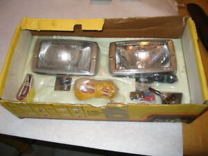 Nos Aris Clear Vintage Fog Auxiliary Driving Lights Model Stock Number 1061k