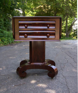 American Federal Empire Solid Mahogany Work Or Lamp Table Bedside Stand C1830