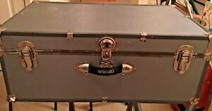 Vintage Seward Footlocker Gray Storage Military Steamer Trunk Coffee Table Chest