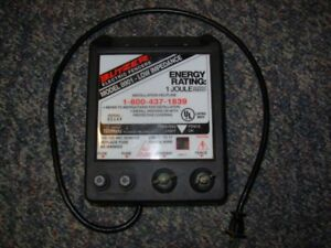 Blitzer Model 8901 1 Joule Low Impedance Electric Fence Charger Cattle Fencer
