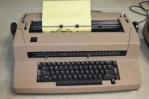 Vintage Electric Ibm Correcting Selectric Iii Typewriter read