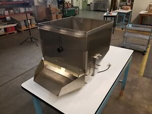 Square Bin Hoppers Stainless Steel Pharmaceutical Grade W Vibrator