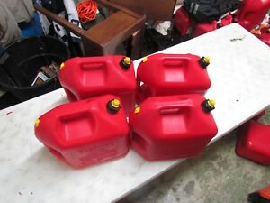 Blitz 5 Gallon Gas Cans Vented With Yellow Cap 4 Each