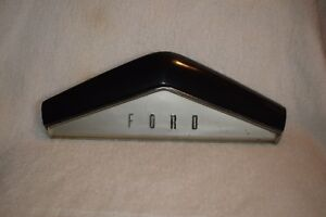 1951 Ford Original Steering Wheel Horn Button 1a 3624 d Used Fomoco Shoebox